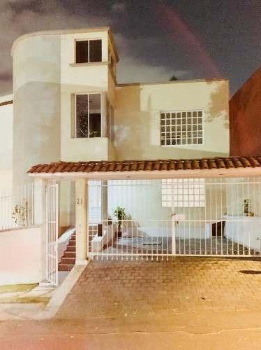 Renta De Casa Duplex En Alamedas