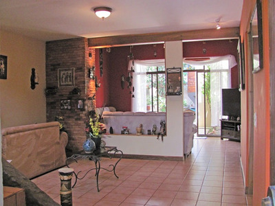 Se Vende Casa Con Apartamento, San Diego, Tres Rio