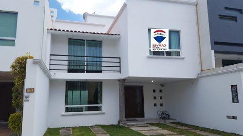 Casa En Fracc. En Renta