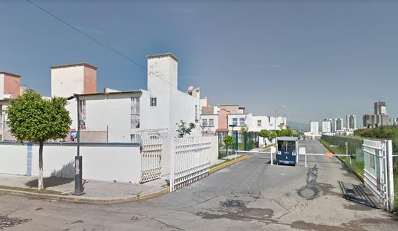 Excelente Casa En Remate, 27 Sur, Santa Clara, Puebla