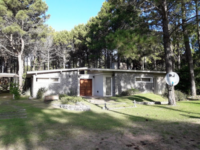 Casa De 2 Dormitorios Pinamar Norte