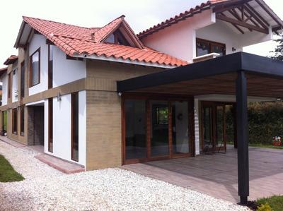 Espectacular Casa Finca En Unidad Cerrada En La Ceja