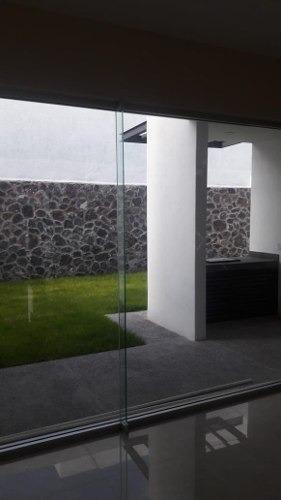 ¡preciosa Casa Nueva En Fraccionamiento Cerrado!