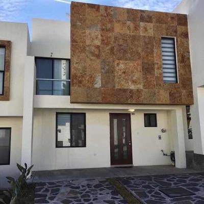 Casa Amueblada En Zibata