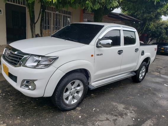 Toyota Hilux Vigo 2.5 2014 Turbo Diesel