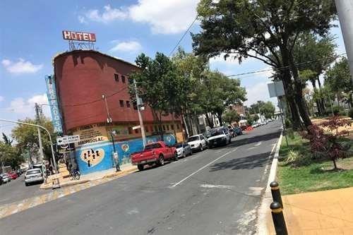 En Venta: Edificio En Esquina Popular, Uso Habit./comercial, Avenida Principal!!!