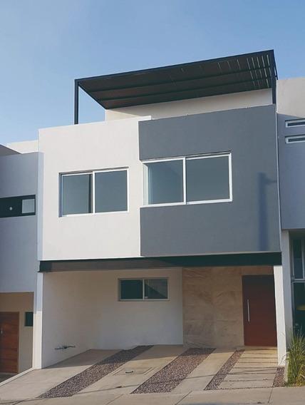 Moderna Casa De 3 Plantas En Fracc. Madeiras - Capital Norte
