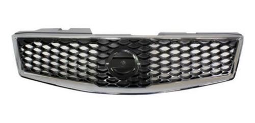 Parrilla De Nissan Sentra Sr / Se-r  2.5l L4 2007 - 2012