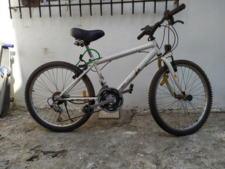 Bicicleta Mountain Bike Halley Rodado 24 18 Cambios.