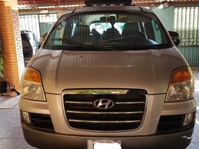 Hyundai Starex Microbus