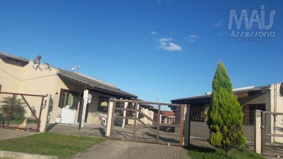 Casa Para Venda Em Imbé, Centro, 2 Dormitórios, 1 Banheiro, 1 Vaga - Svc00047_2-1051016