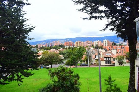 Apartamento En Venta Gratamira 503-3533