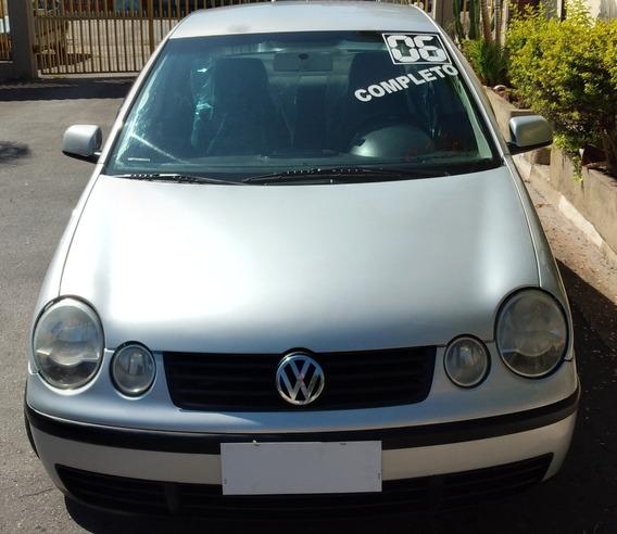 Volkswagen Polo Sedan 2006 1.6 Total Flex 4p