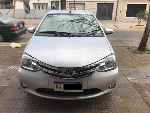 Imagen 1 de 10 de Toyota Etios Platinum