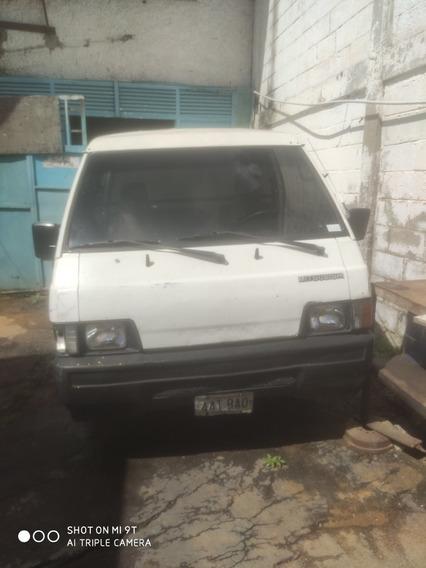 Mitsubishi L300 Panel L300