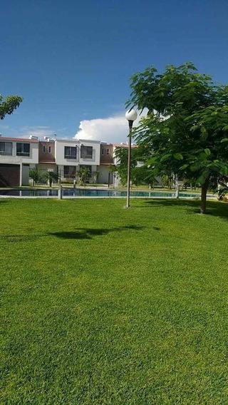 Casa En Renta Circuito Montes Urales, Residencial Real Santa Fe