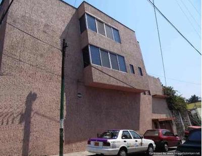 Edificio Con Departamento Y Locales Col. Del Empleado Clave Ev583