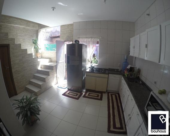 Casa Com Sala Comercial No Bairro Nova Esperança Em Balneário Camboriú/sc - Ca00059 - 32157595