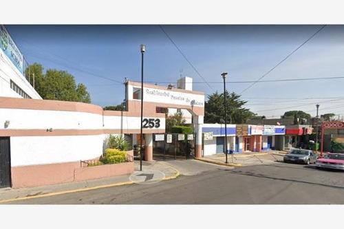 Imagen 1 de 14 de Departamento En Exclusiva Zona Camino A La Cantera 253