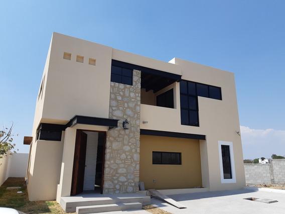 Hermosa Casa Nueva En El Condado Entre Vista Real Y Cañadas Del Lago