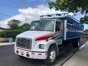 Camión Freightliner Con Cajón Ganadero, Reciente Overhaul.