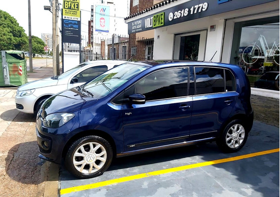 Volkswagen Up! 1.0 High Permuto Financio