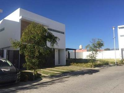 Casa Nueva En Coto Cibela En La Zona Sur De Guadalajara