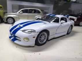 Miniatura Dodge Viper Gts R Coupe 1/18