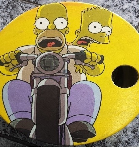 Carretilha Para Pipa Tema Simpsons Medida 35 Cm Madeira