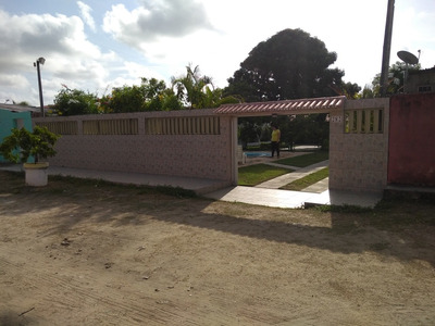 Casa C/piscina -itamaracá (ainda Disponível P/ Carnaval)