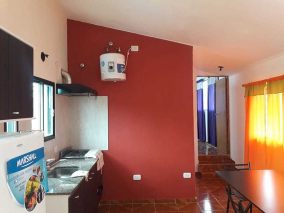2 Ambientes, Dorm, Cocina Comedor, Baño, Pileta, Parrilla.