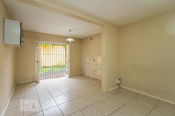 Casa Com 2 Dormitórios E 1 Garagem - Id: 892972360 - 272360