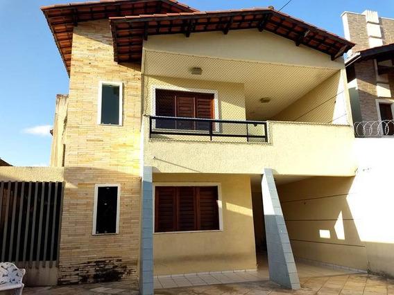 Casa Com 4 Quartos, Quase Em Frente Colégio Agnus - Montese