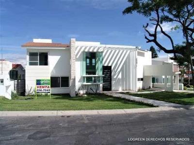 En Venta Bonita Casa Nueva Con Práctico Diseño Y Buenos Acab