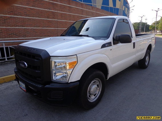 Ford F-250 Super Duty Automático 4x2