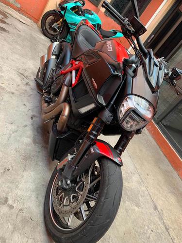 Imagen 1 de 14 de Ducati Diavel 2015