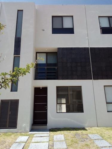 Casa En Renta En Residencial Del Parque Rimachi