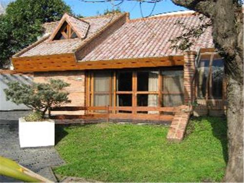 Casa Quinta En Ituzaingó Sur De 5 Ambientes En Venta