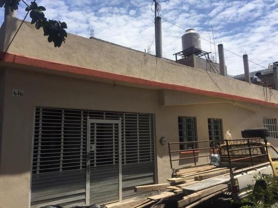Casa Sola En Venta Col. Placetas, Cerca Del Centro Y De La Central De Los Rojos, En Colima, Colima