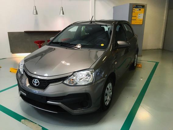 Toyota Etios 1.5 X 6mt 5 P 2020