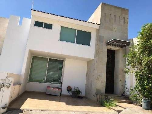 Casa En Venta, Barranca Del Refugio 3 Recamaras, Al Norte De La Ciudad De Leon, Gto