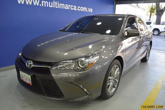 Toyota Camry Se-multimarca