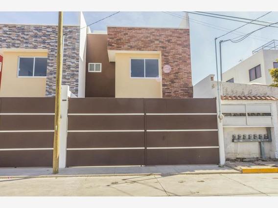 En Venta Casa A 5 Minutos De Las Universidades Udlap Y Uvm En La Colonia El Barreal En Puebla, Puebla