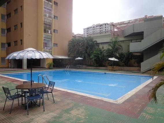 Apartamento En Venta Urb La Floresta, Las Delicias 21-9747hc