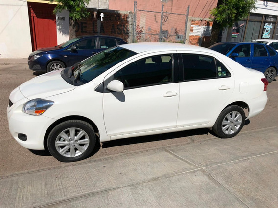 Toyota Yaris 1.5 Sedan Premium Man Mt 2014 Blanco