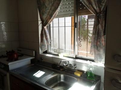 Casa Ph Dos Dormitorios Con Fogon Y Patio