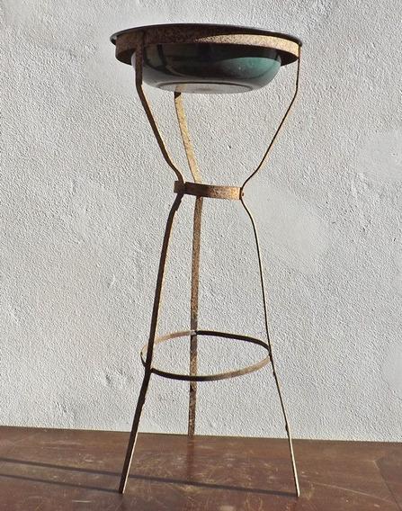 Antigo Lavatório Centenário - (ferro Brasa Maquina Costura)