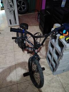 Bicicleta Bmx Olmo. Completa. Detalles De Estar Guardada.