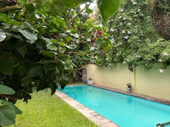 Ph Tipo Casa Con Jardin Y Pileta 3 Dormitorios 2 Cocheras