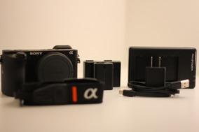Sony A6500 - Corpo Com Acessórios - Usado